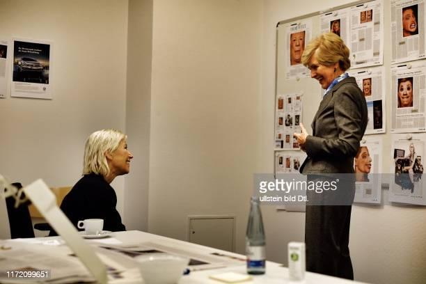 Cindy Sherman - für einen Tag Chefredakteurin von Die Welt - mit Jan Eric Peters Inga Griese Friede Springer Neo Rauch Georg Baselitz Cornelius Tittel