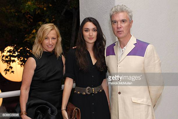 Cindy Sherman Malu Byrne and David Byrne attend Hammer Museum's Gala in the Garden Honoring Mike Kelley and Miuccia Prada at Hammer Museum on October...