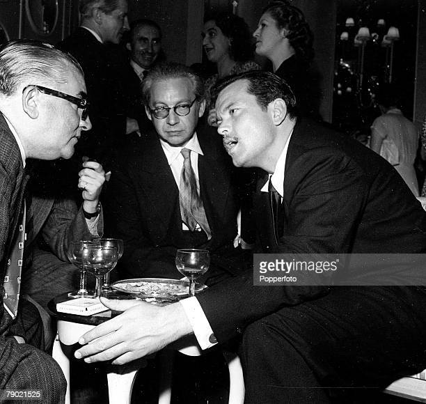 Cinema Actor Orson Welles right speaking with Sir Alexander Korda 1947