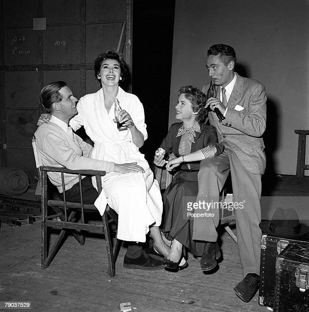 Ian Carmichael Kay Kendall Murial Pavlow and Peter Finch are pictured on the set of the film 'Simon and Laura'