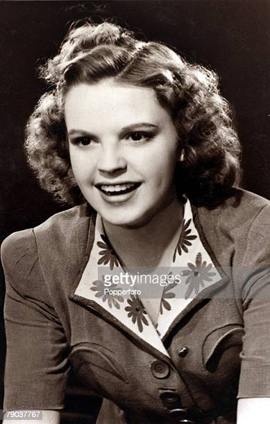 Cinema Personalities circa 1930s American actress and singer Judy Garland portrait born in 1922 who made her name as Dorothy in the 1939 film The...
