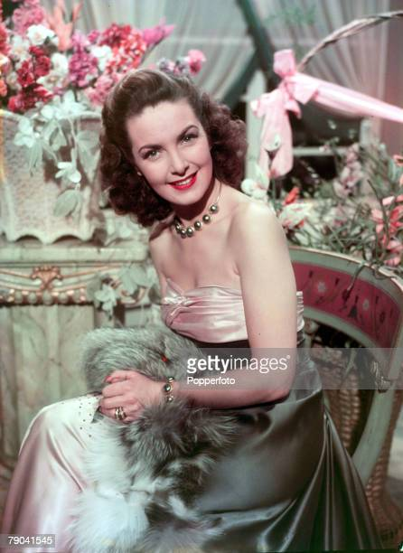 Cinema Personalities pic 1949 A portrait of British actress Patricia Roc