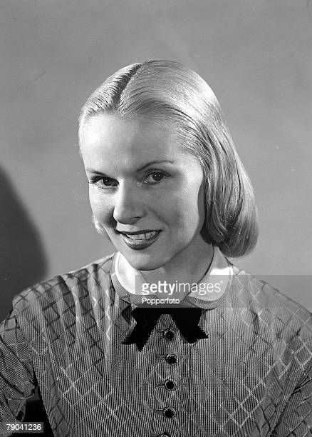 1950 A portrait of British actress Ann Todd