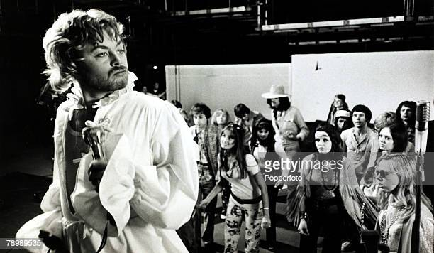 """Cinema Personalities, pic: 8th September 1970, British actor Hywel Bennett appearing in the British sex comedy film """" Percy"""", here in a fantasy scene..."""