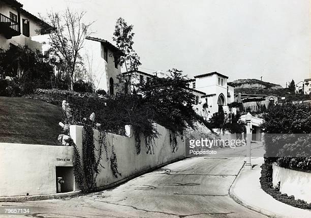 circa 1930 Bonvue Avenue Hollywood California showing the hilltop homes of actors Charlie Chaplin and Douglas Fairbanks
