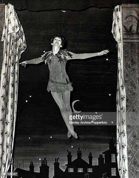 Cinema/Theatre Personalities England pic 14th December 1964 British actress Dawn Adams playing the fairytale character Peter Pan at London's Scala...
