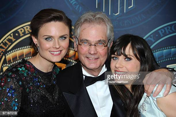 Cinematographer Caleb Deschanel poses with his daughters Emily Deschanel and Zooey Deschanel actors in the press room at the 24th Annual American...