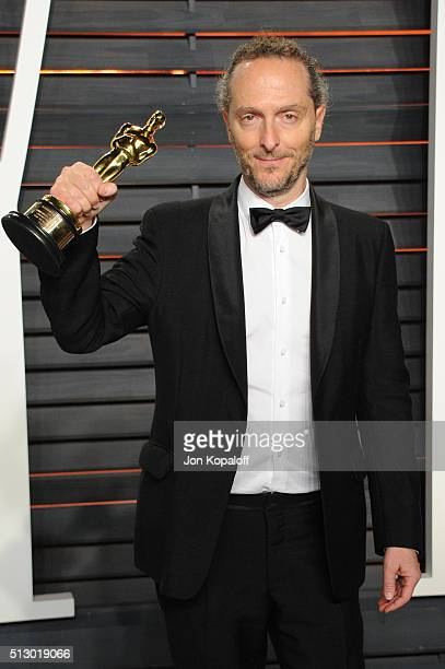 Cinematographer Emmanuel Lubezki attends the 2016 Vanity Fair Oscar Party hosted By Graydon Carter at Wallis Annenberg Center for the Performing Arts...