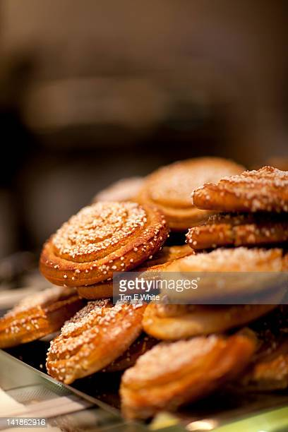 cinnamon buns, coffeehouse gothenburg, sweden - gothenburg stock pictures, royalty-free photos & images