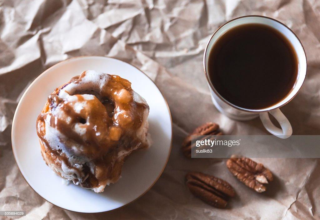 cinnamon cake with coffee : Stock Photo