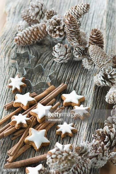 Cinnamon stars, cinnemon sticks and Christmas decoration