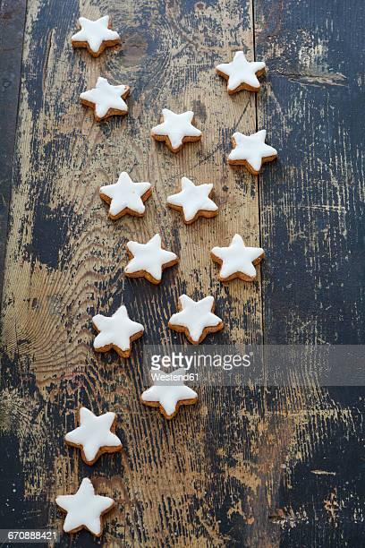 Cinnamon stars on wood