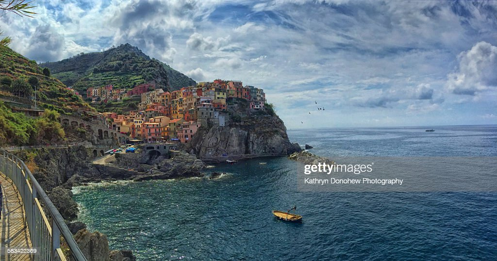 Cinque Terra's town of Manarola : Stock Photo