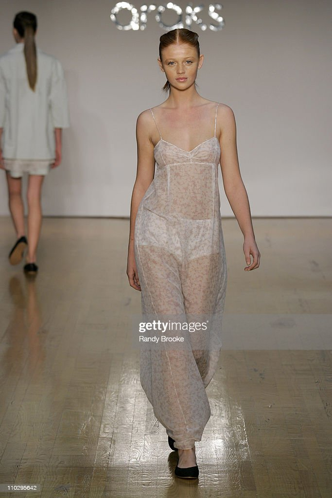 Olympus Fashion Week Spring 2007 - Araks - Runway
