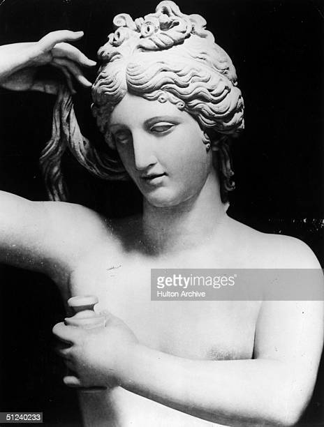 Circa 1500 A sculpture of the Roman goddess Venus