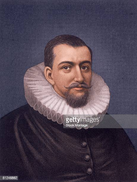 Circa 1595 English navigator Henry Hudson who while traveling in the ´Half Moon´ for the Dutch East India Company discovered the Hudson River and...