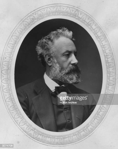 Jules Verne the French novelist