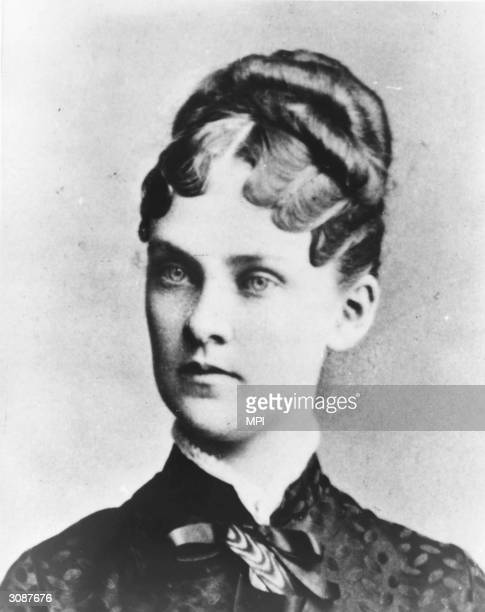Alice Hathaway Lee Roosevelt the first wife of American president Theodore Roosevelt She died of Bright's Disease at the age of twentytwo leaving her...