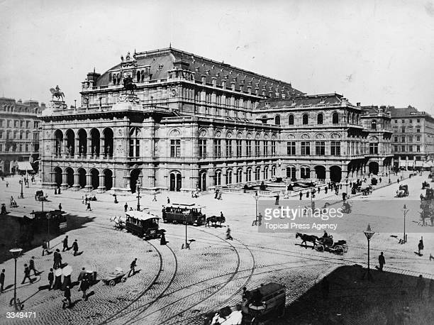 The Vienna Staatsoper The Imperial Opera House which opened in 1869 the first building in Vienna's Ringstrasse redevelopment programme After its...