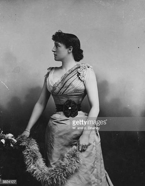 British actress and beauty Lillie Langtry
