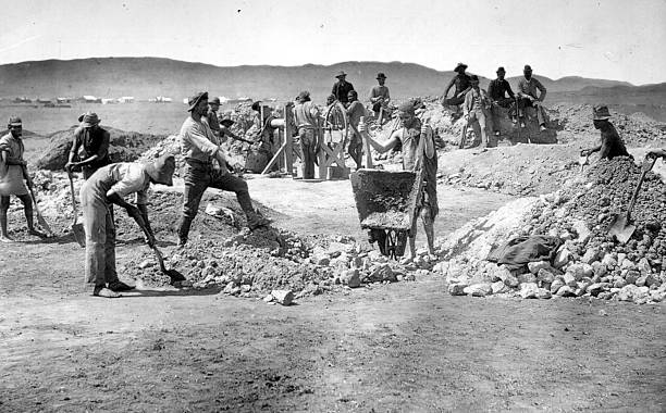 Labourers at the diggings of the Grahamstown gold mining...