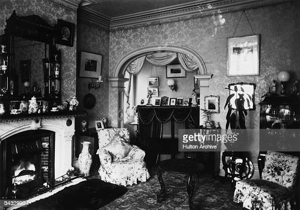 1 288 Victorian Living Room Photos And Premium High Res Pictures Getty Images