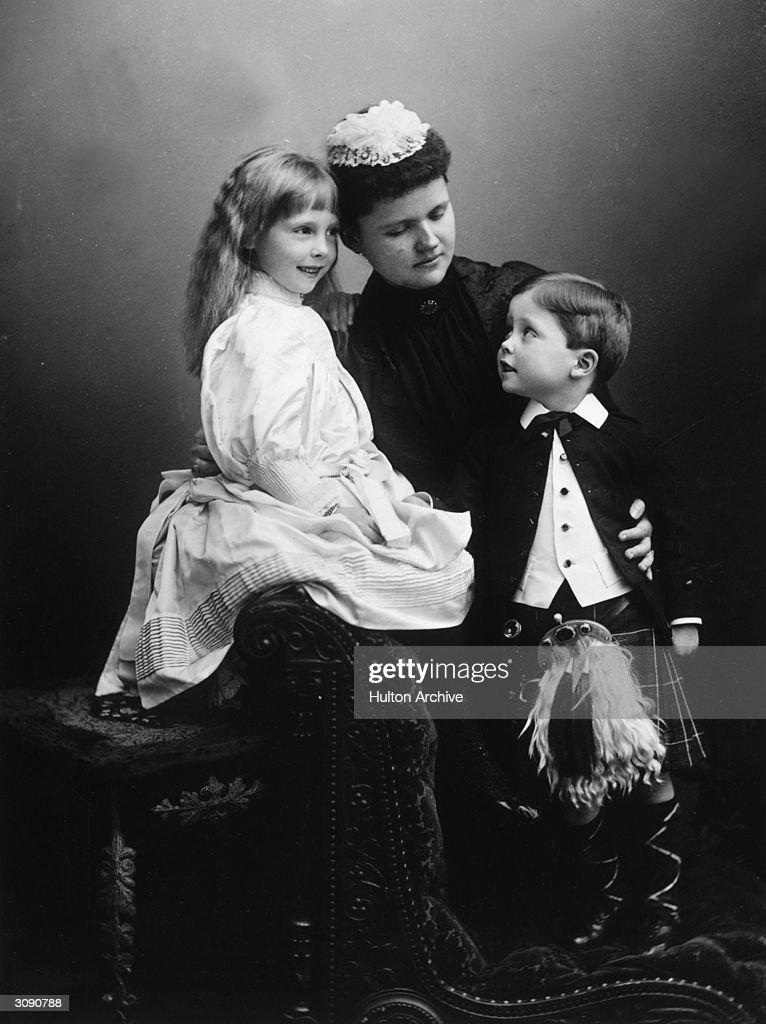 Duchess Of Albany : Nieuwsfoto's