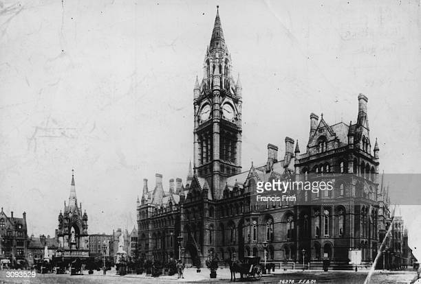 Manchester Town Hall in Albert Square Manchester Designed by Alfred Waterhouse the neoGothic building was completed in 1887