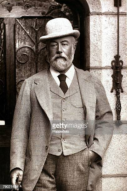 Circa 1890 Sir Algernon Borthwick Newspaper proprietor who revived the ailing fortunes of 'The Morning Post' who lived from 1830 to 1908 Portrait