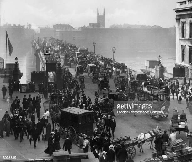 Traffic on London Bridge