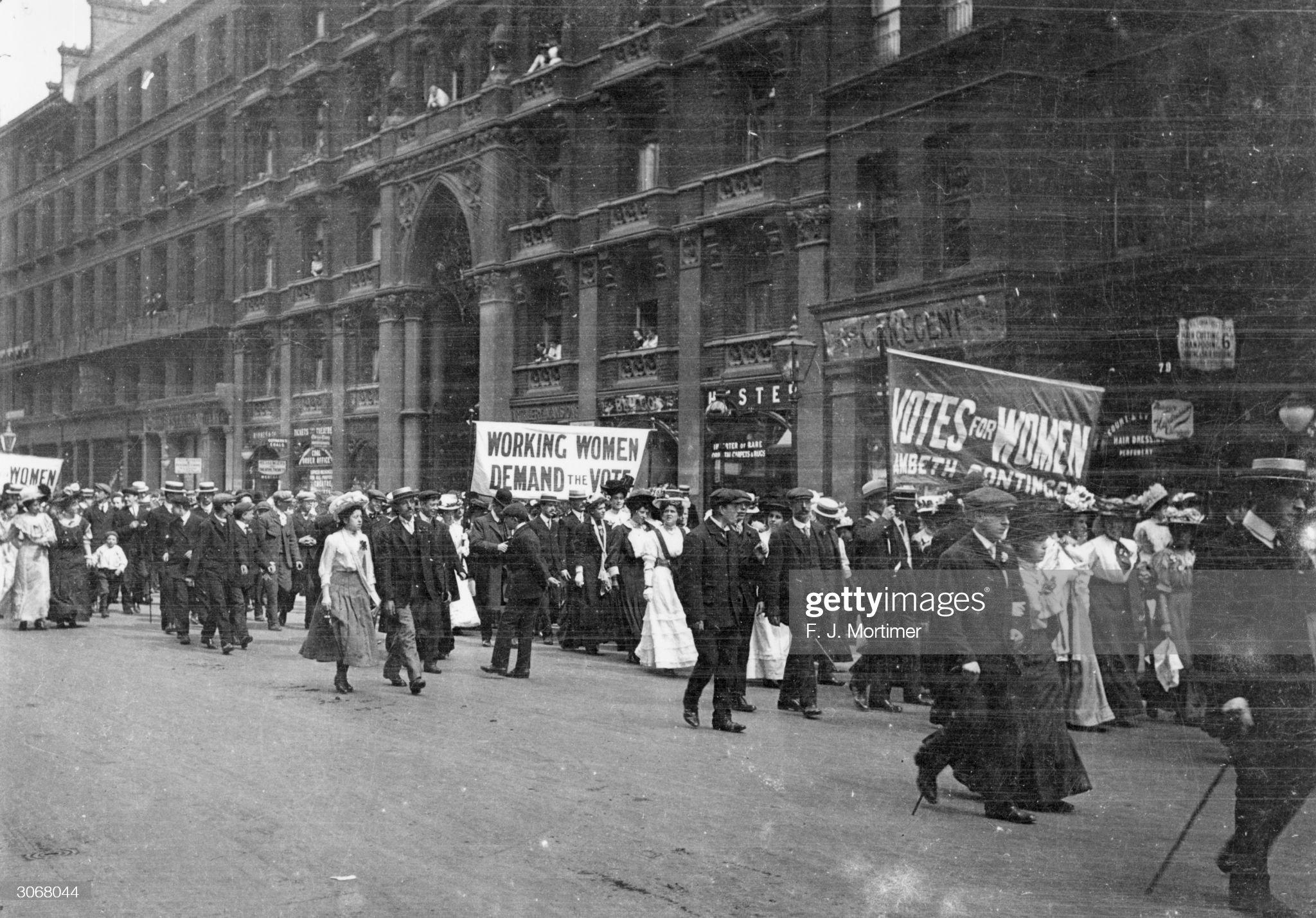Suffragettes : News Photo