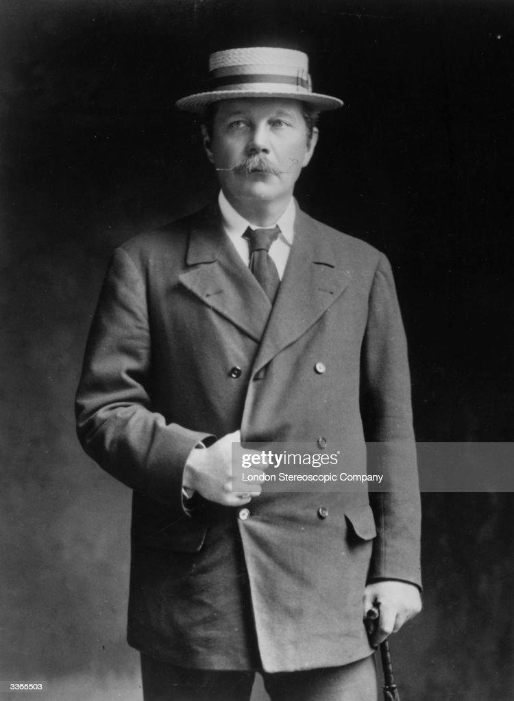 Arthur Conan Doyle : News Photo