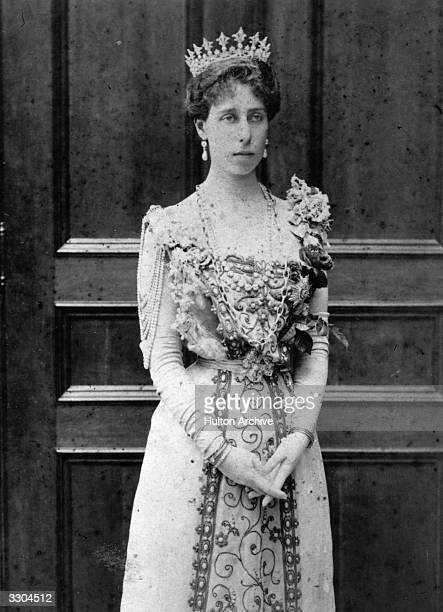 Victoria Helita Feodorovna of SaxeCoburgGotha Grand Duchess of Russia who in 1894 married Ernst Ludwig of Hesse and in 1905 married the Grand Duke...