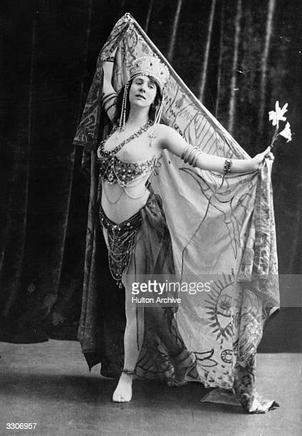 Mlle Teresa Cerutti of the Scala Theatre, Milan, performing the Dance of Salome in Paris.