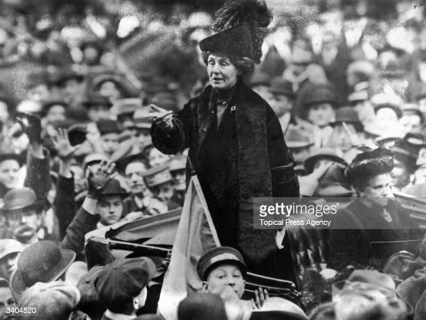 British suffragette Emmeline Pankhurst being jeered by a crowd in New York