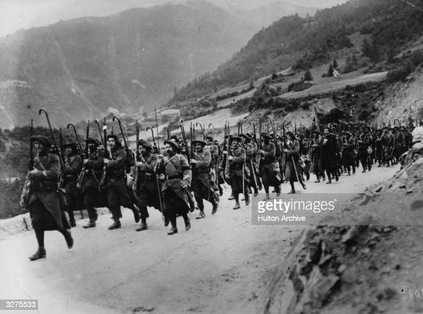 French soldiers on the march in the mountains