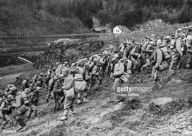 Romanian troops on the move towards Predeal