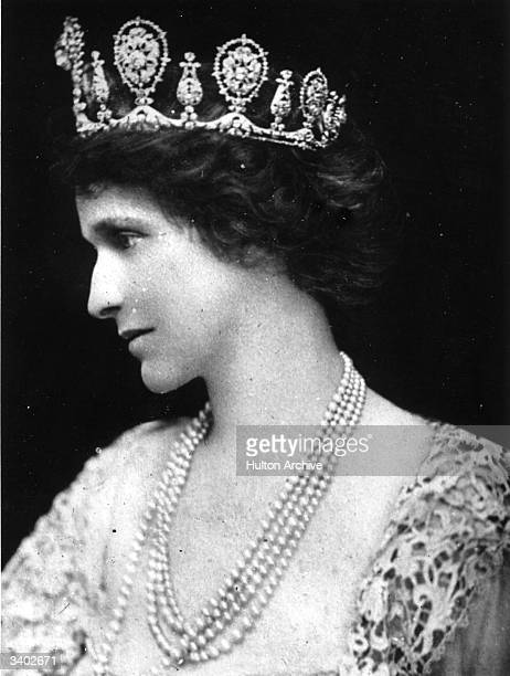 American born British political and social leader Nancy Witcher Langhorne, Viscountess Astor . She married second husband Waldorf Astor in 1906 and...