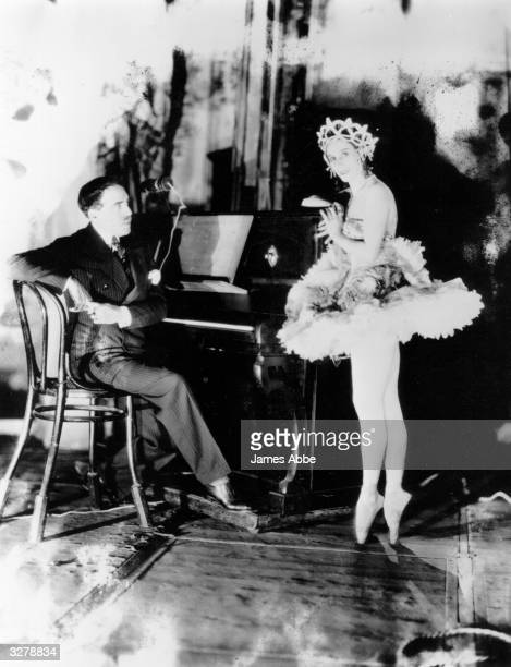 A photograph of Russian ballerina Anna Pavlova with an unknown pianist