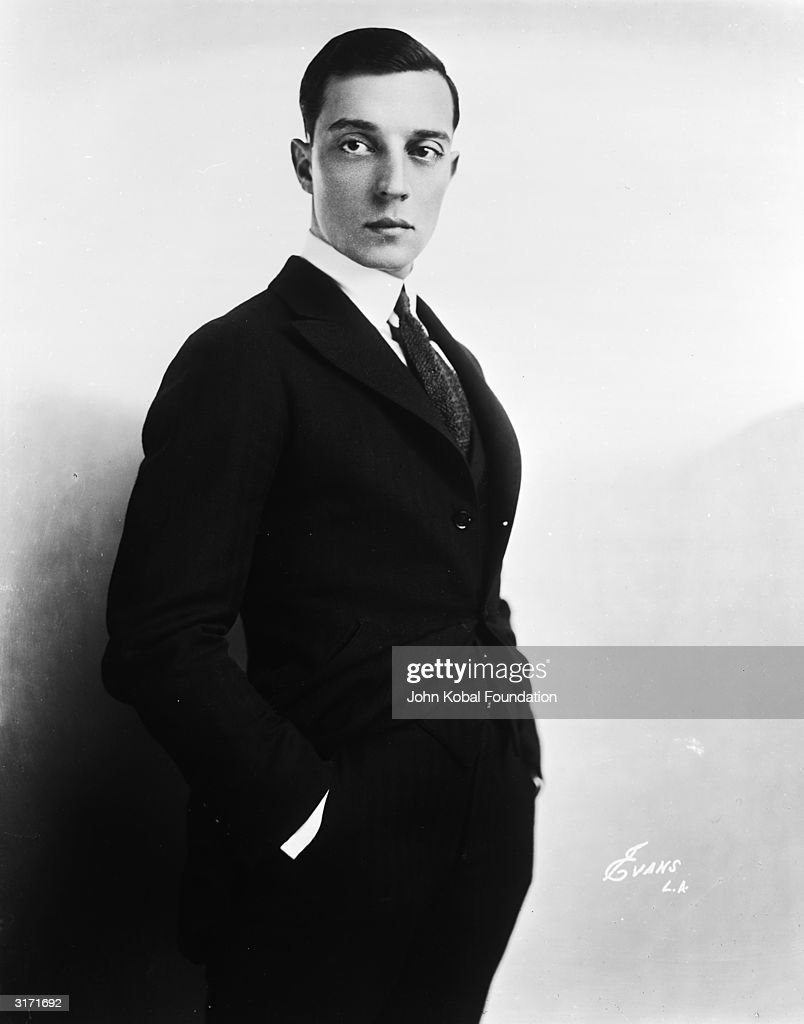 American silent screen comedian and actor Buster Keaton (1895-1966).