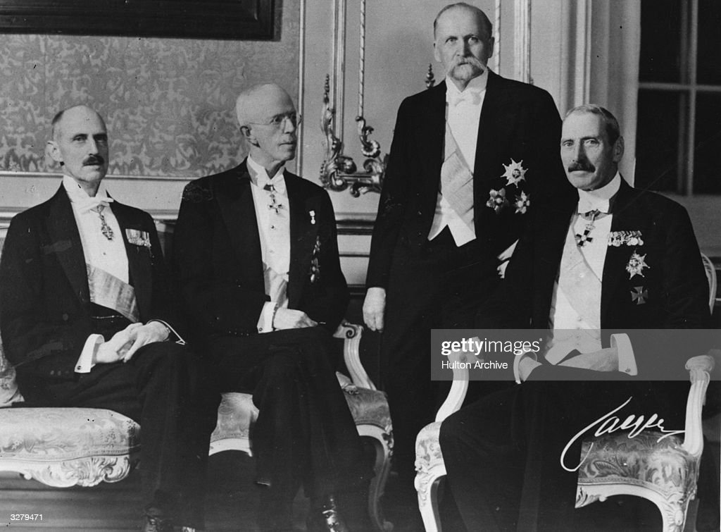 18 Nov  Prince Carl of Denmark becomes King Haakon VII of Norway