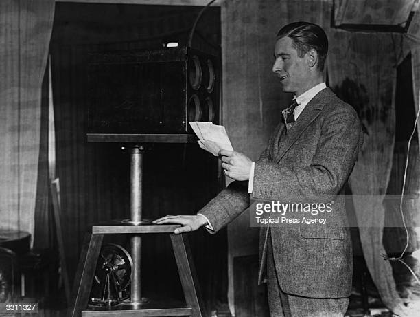 Stanton Jeffries known as 'Uncle Jeff' broadcasting from Marconi House in the early days of the BBC