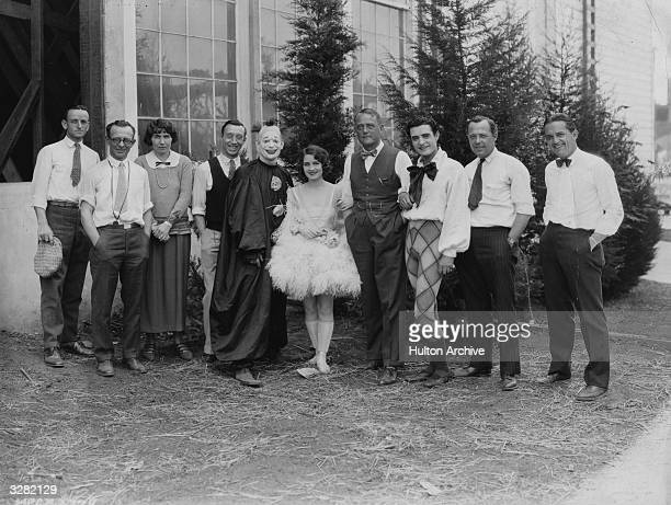 The production team for the MGM film 'He Who Gets Slapped' Swedish director Victor Sjostrom otherwise known as Victor Seastrom stands in the centre...