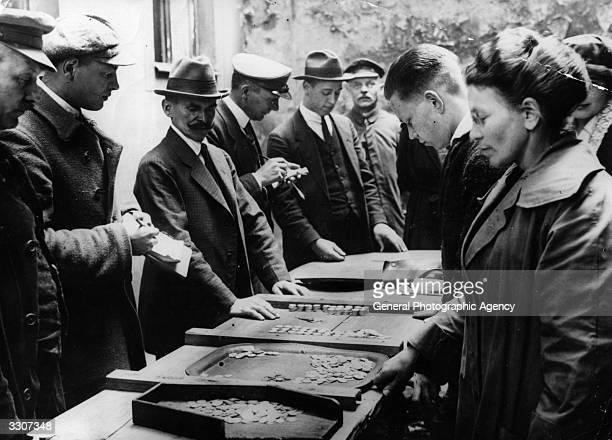 Berlin money dealers in the street