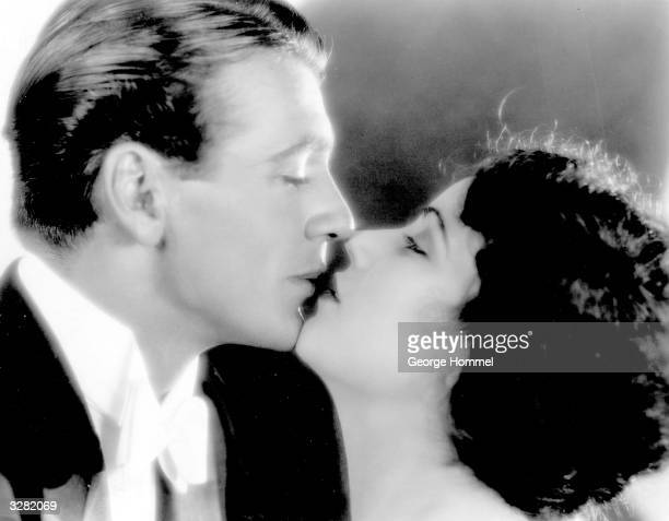 Gary Cooper experiences a moment of barely suppressed passion with Fay Wray female star lead of King Kong