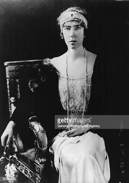 Queen Elisabeth of Belgium nee Elizabeth Valerie of Bavaria the wife of King Albert of the Belgians who reigned from 1909 to 1934 The queen is...