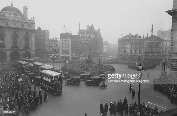Two minutes silence at Piccadilly Circus London on Armistice Day