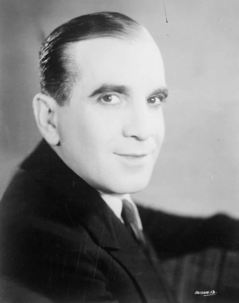 circa-1925-warner-brothers-star-al-jolso