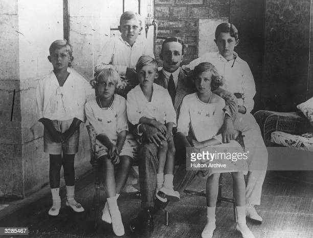 King Alfonso XIII of Spain with his children.