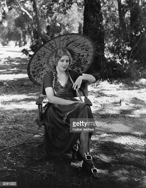 AustroHungarian actress Vilma Banky takes a break during the filming of 'The Awakening' produced by Samuel Goldwyn and directed by Victor Fleming